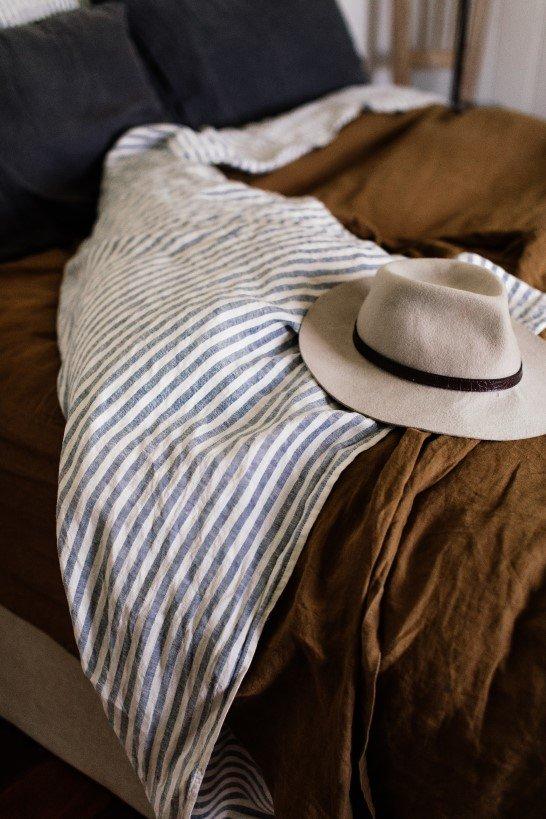 Hemp fabric vs linen